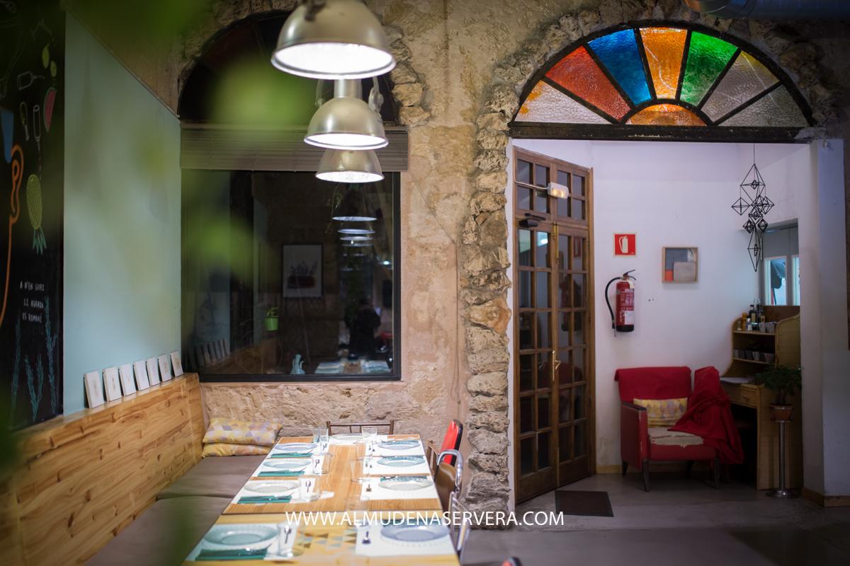 4 Risas 2 Versiones Rafa Y El Restaurante Claxon
